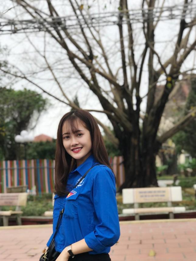 Hoa khôi Học viên Tài chính: Tôi hài lòng với cuộc sống hiện tại! ảnh 11