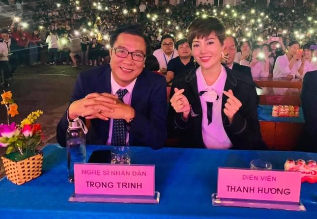 Chào tân sinh viên trường Y Dược Thái Nguyên: 50 suất học bổng 290 triệu đồng được trao ảnh 5