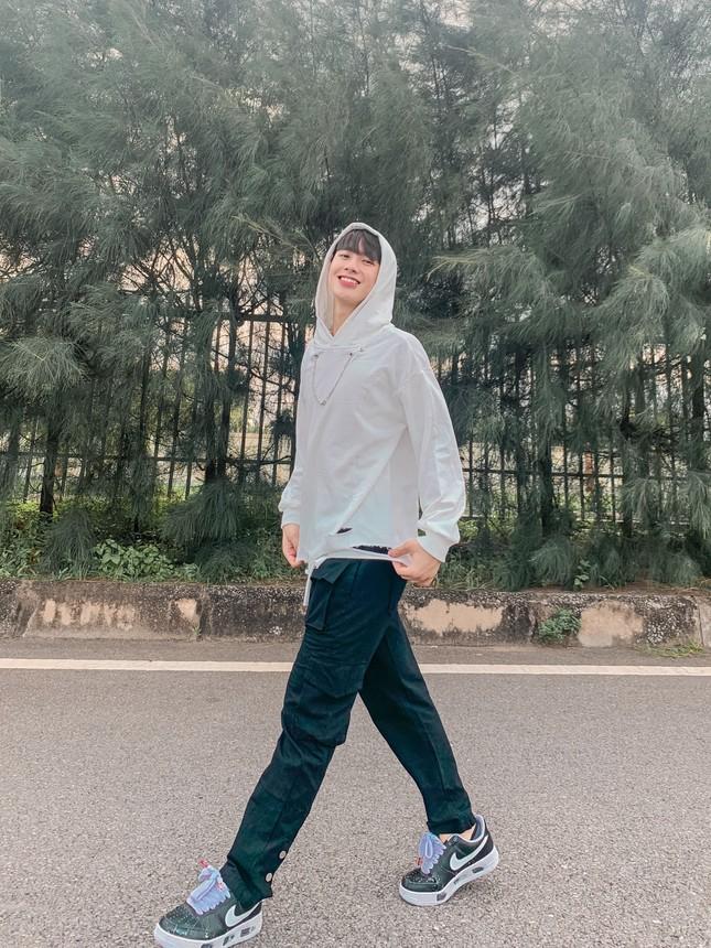 Chàng trai cao 1m75, quê ở Nghệ An hiếu học nổi danh trên mạng xã hội ảnh 4