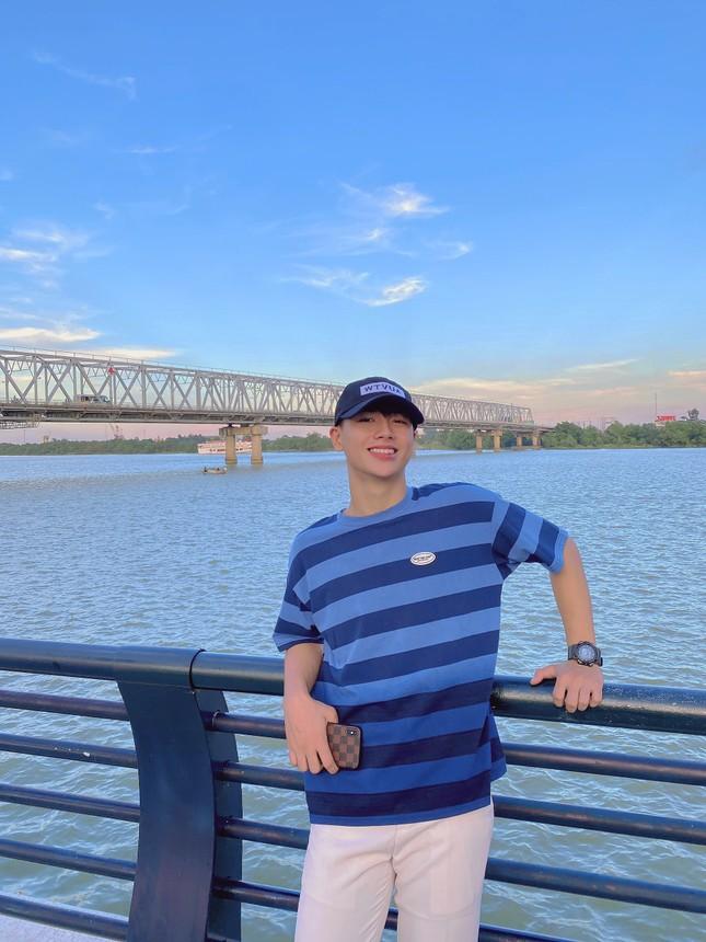 Chàng trai cao 1m75, quê ở Nghệ An hiếu học nổi danh trên mạng xã hội ảnh 5