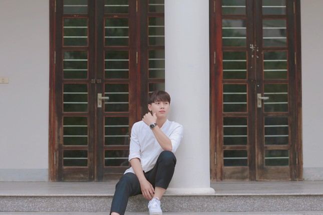 Chàng trai cao 1m75, quê ở Nghệ An hiếu học nổi danh trên mạng xã hội ảnh 8