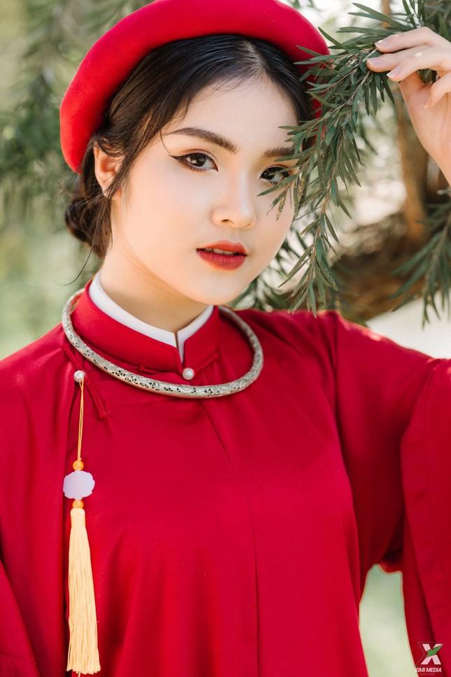 D2K61 Nguyễn Huệ: Ngược dòng thời gian với bộ ảnh kỷ yếu cổ phục Việt Nam ảnh 4