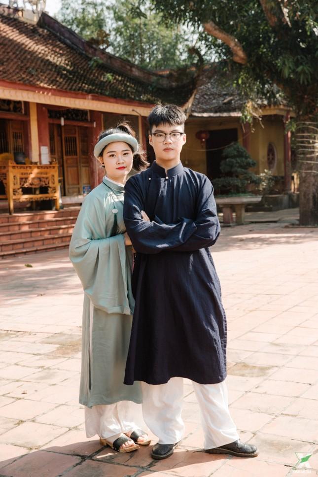 D2K61 Nguyễn Huệ: Ngược dòng thời gian với bộ ảnh kỷ yếu cổ phục Việt Nam ảnh 10