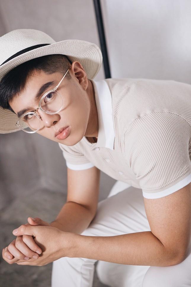 Hot boy Đức Anh ghi điểm với khán giả trong bộ ảnh mới ảnh 7