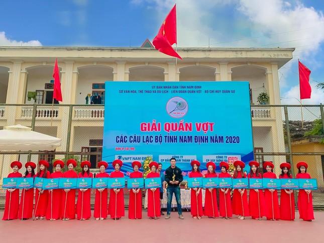 Chàng trai Nam Định cung cấp dịch vụ bê tráp cho ngót nghét nghìn cặp đôi ảnh 12