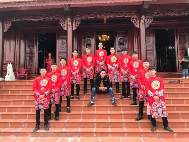 Chàng trai Nam Định cung cấp dịch vụ bê tráp cho ngót nghét nghìn cặp đôi ảnh 5
