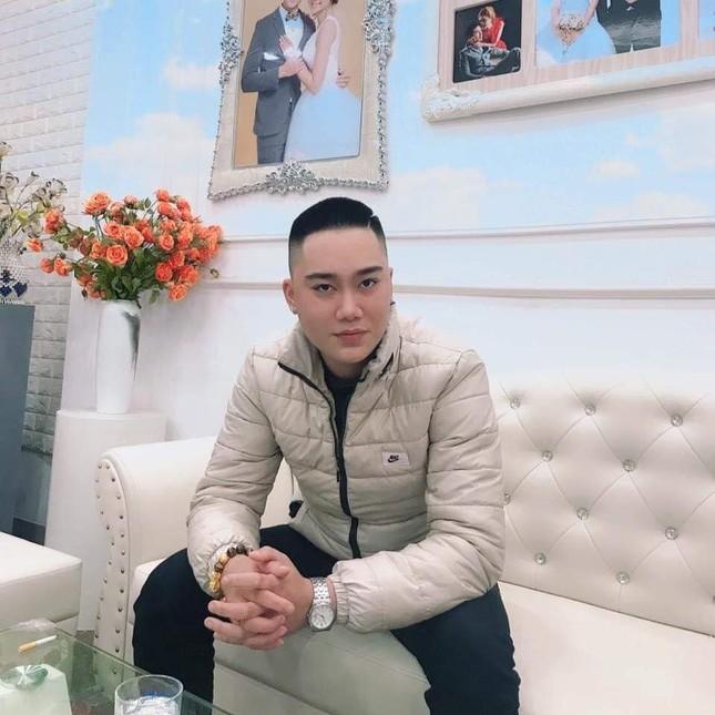 Chàng trai Nam Định cung cấp dịch vụ bê tráp cho ngót nghét nghìn cặp đôi ảnh 1