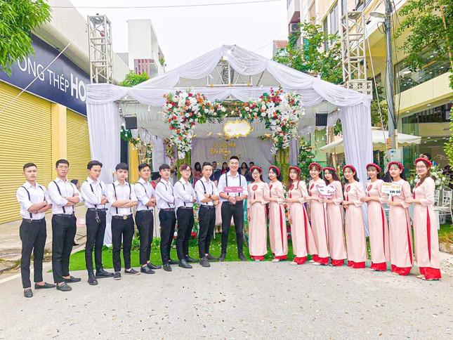 Chàng trai Nam Định cung cấp dịch vụ bê tráp cho ngót nghét nghìn cặp đôi ảnh 10