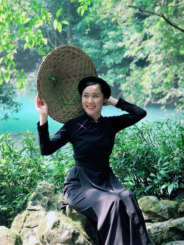 Nữ sinh xinh đẹp dân tộc Nùng muốn phát triển ẩm thực Cao Bằng ảnh 2
