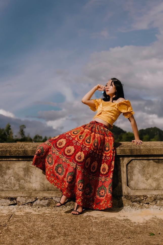 """Cô gái dân tộc Thái sở hữu nét đẹp """"lạ"""" cùng đam mê diễn xuất  ảnh 4"""