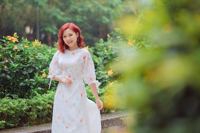 Nữ MC tài năng với niềm đam mê thời trang ngoại cỡ ảnh 8
