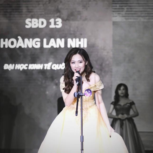 Nữ MC tài năng với niềm đam mê thời trang ngoại cỡ ảnh 5