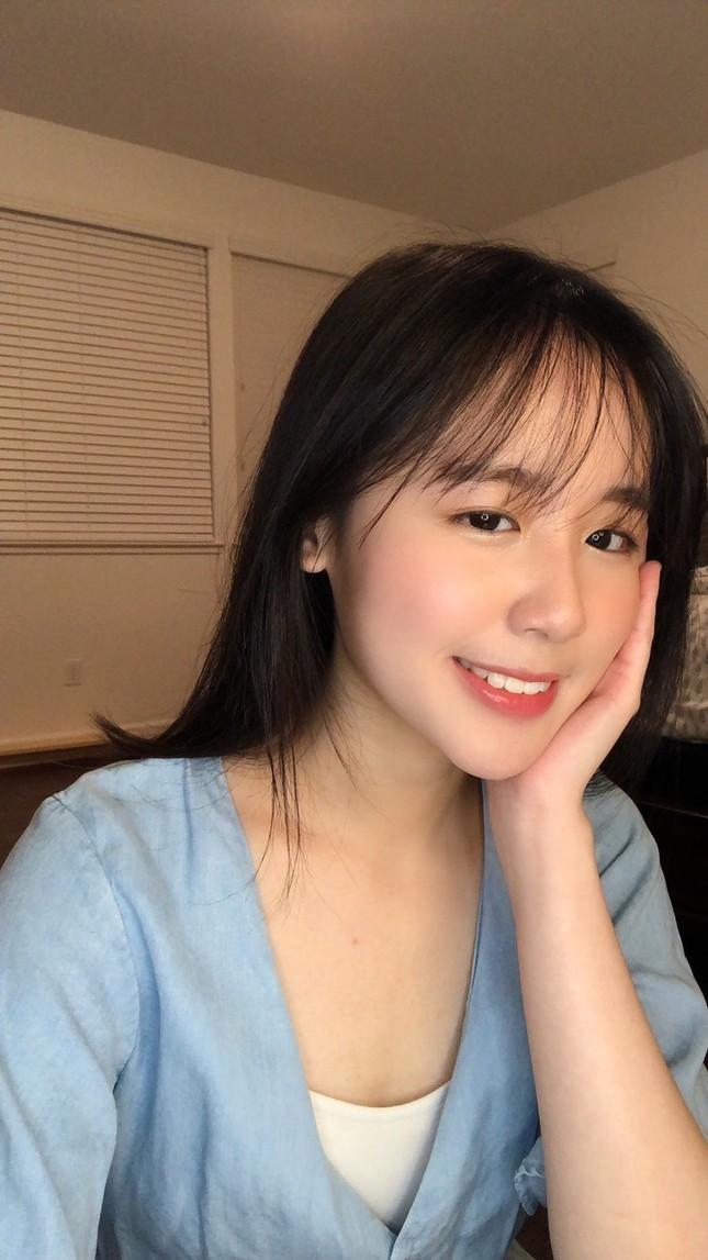 Cô gái sinh tư với vẻ đẹp mộng mơ tựa gái Hàn ảnh 1