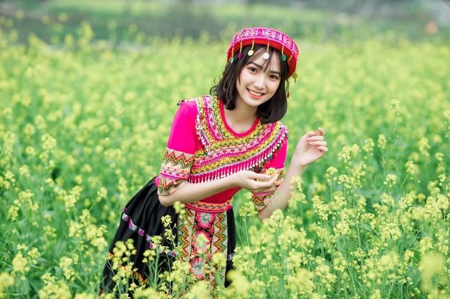 Hot girl Nam Định 'hóa' thiếu nữ H'Mông rạng rỡ đón Xuân ảnh 7