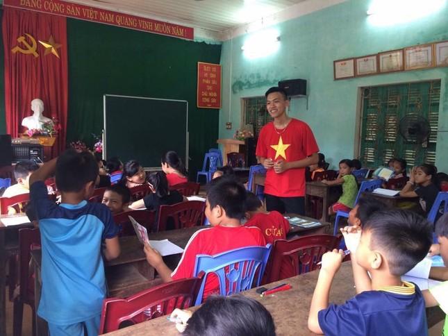 Tâm sự của một cựu Sao tháng Giêng đạp xe xuyên Việt được kết nạp Đảng tại trường đại học ảnh 5