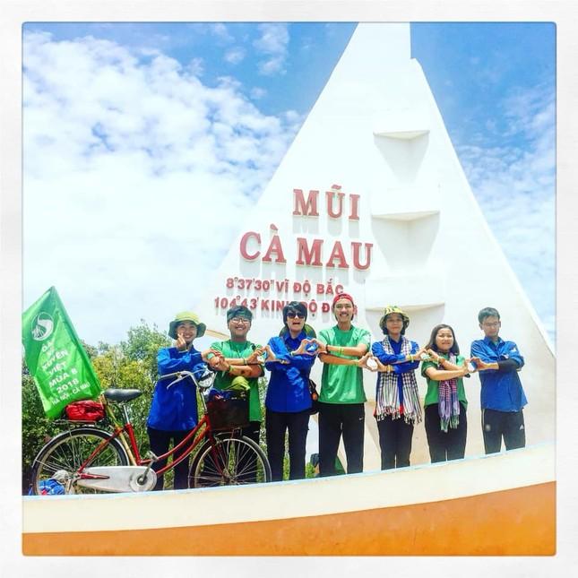 Tâm sự của một cựu Sao tháng Giêng đạp xe xuyên Việt được kết nạp Đảng tại trường đại học ảnh 8