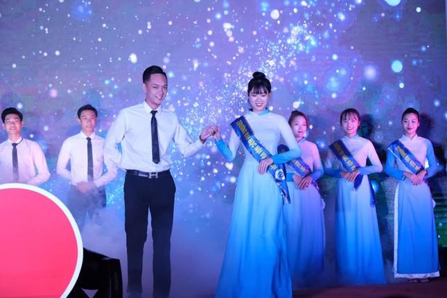Vẻ đẹp của nữ sinh trường ĐH Nội vụ đạt giải Người đẹp trí tuệ - Miss Elegant Beauty 2020 ảnh 2