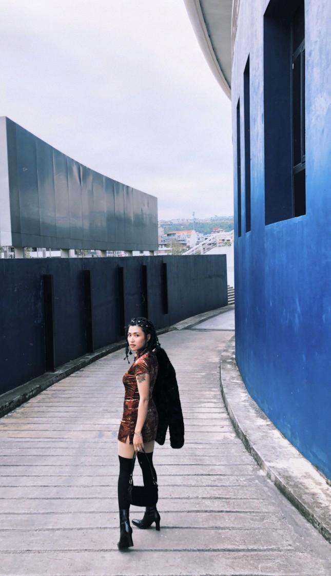 Cô ca sĩ đa tài mang dấu ấn thập niên 90 ảnh 14