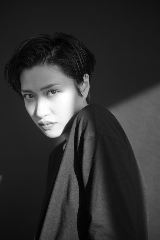 Cô ca sĩ đa tài mang dấu ấn thập niên 90 ảnh 10