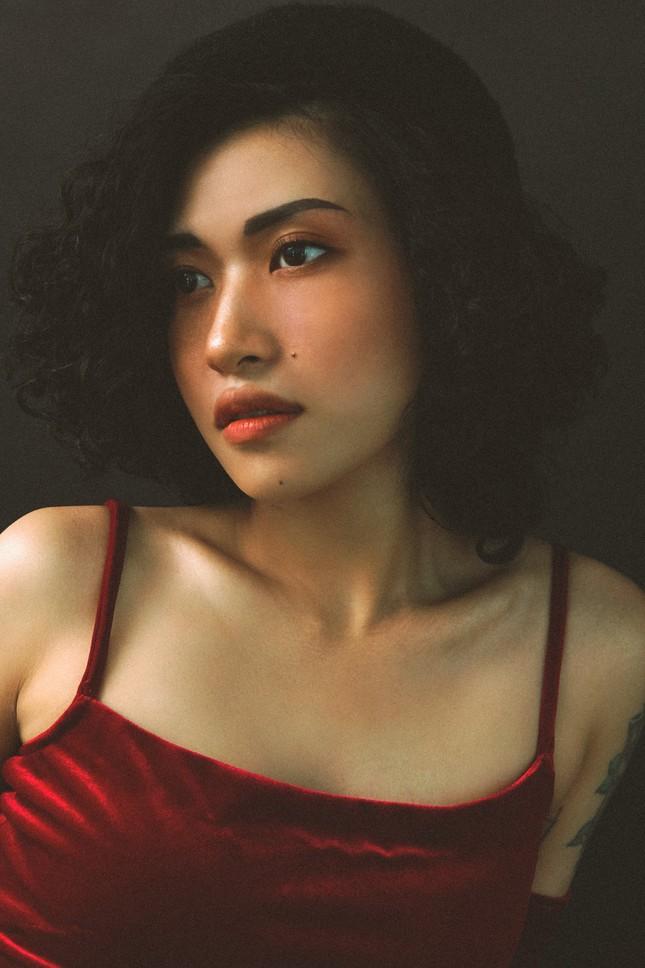 Cô ca sĩ đa tài mang dấu ấn thập niên 90 ảnh 11