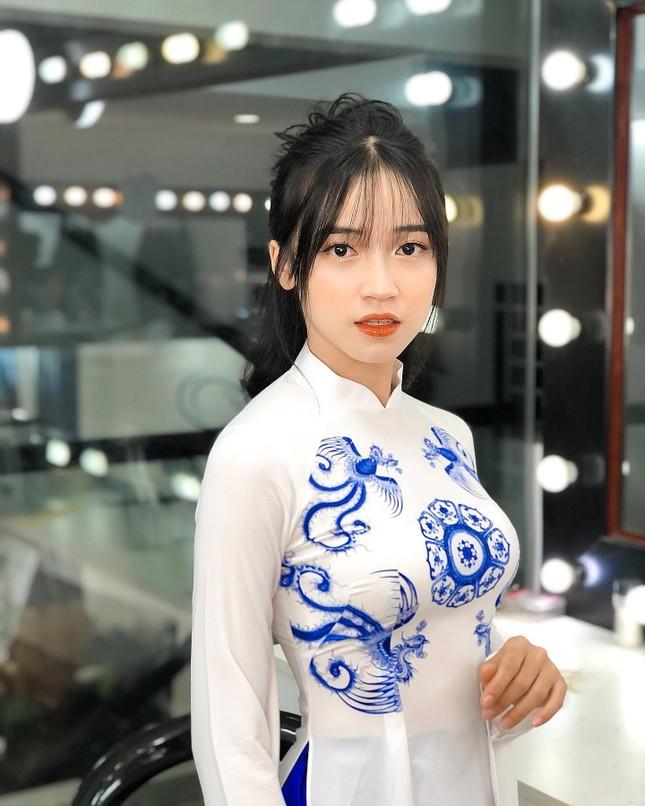 Nét đẹp tinh khôi của sinh viên năm nhất Đại học Quy Nhơn ảnh 4