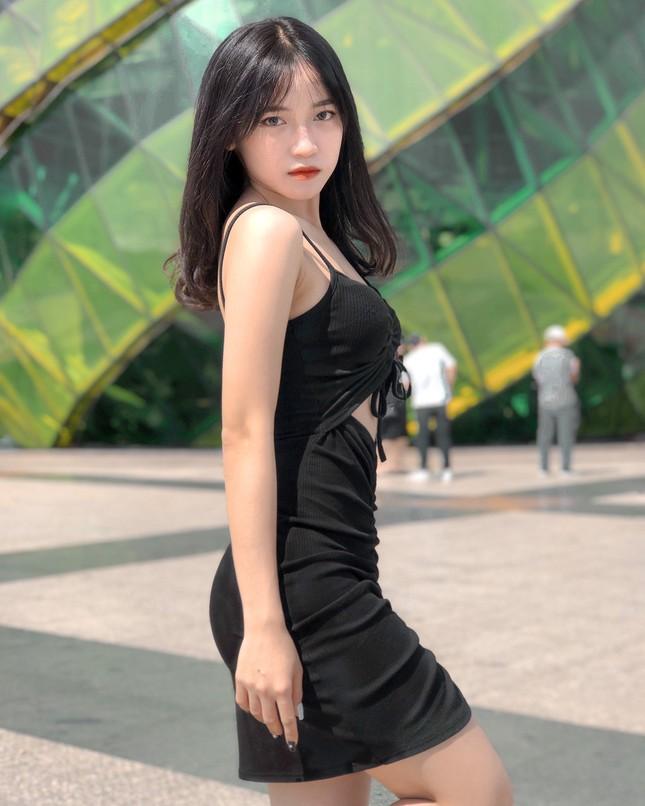 Nét đẹp tinh khôi của sinh viên năm nhất Đại học Quy Nhơn ảnh 8