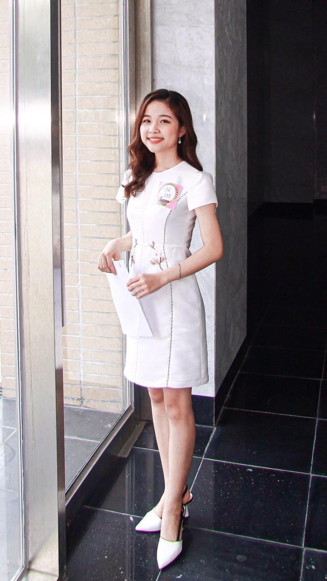 Nữ sinh Ngoại giao khát khao trở thành MC/BTV muốn sở hữu dự án kinh doanh riêng và hoàn thành ước mơ du học ảnh 2