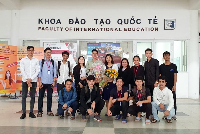 Phó Chủ tịch Hội Sinh viên Campuchia tại Việt Nam đang học tại Đại học Xây dựng ảnh 4