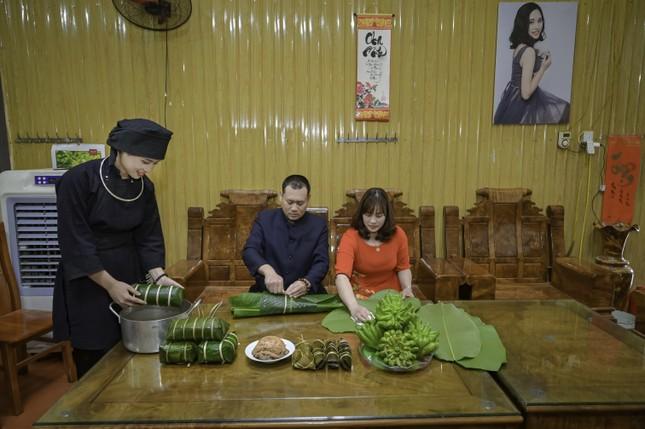 Đón Tết Tân Sửu cùng cô gái Nùng Phàn Slình vùng núi Đông Bắc là cựu sinh viên đại học Ngoại thương ảnh 9