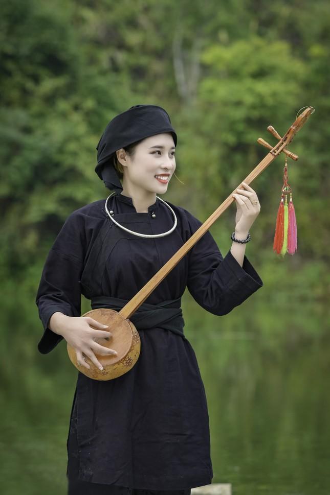 Đón Tết Tân Sửu cùng cô gái Nùng Phàn Slình vùng núi Đông Bắc là cựu sinh viên đại học Ngoại thương ảnh 2
