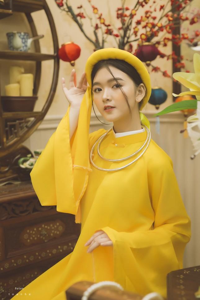 Nữ sinh thanh tao trong cổ phục Việt đón xuân ảnh 1