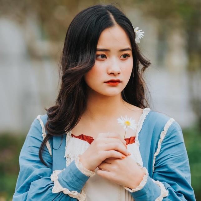 """Nữ sinh Hà Thành gây bão với chất giọng """"ngọt lịm"""" cùng loạt clip cover triệu view ảnh 4"""