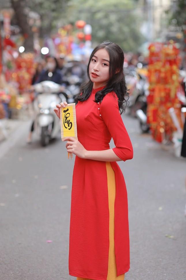 Nữ sinh 2K3 Hưng Yên đa tài xinh không tì vết thần tượng Châu Bùi ảnh 11