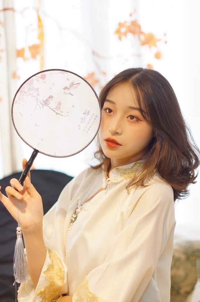 Nữ sinh 2K3 Hưng Yên đa tài xinh không tì vết thần tượng Châu Bùi ảnh 9