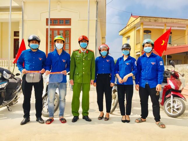 Cô sinh viên trường Y và 24h chiến đấu trong tâm dịch Hải Dương ảnh 8