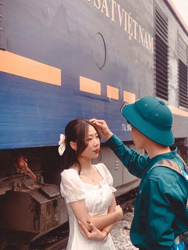 Bộ ảnh 'Tiễn người yêu lên đường nhập ngũ' của đôi bạn đến từ Quảng Ninh ảnh 4
