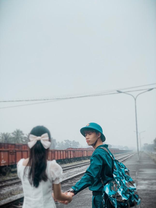 Bộ ảnh 'Tiễn người yêu lên đường nhập ngũ' của đôi bạn đến từ Quảng Ninh ảnh 6