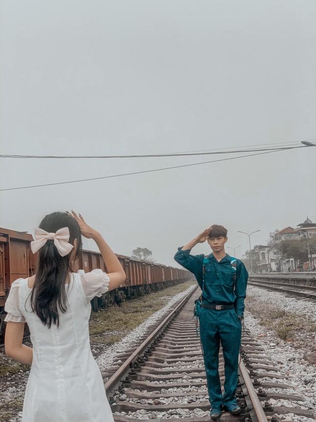 Bộ ảnh 'Tiễn người yêu lên đường nhập ngũ' của đôi bạn đến từ Quảng Ninh ảnh 18