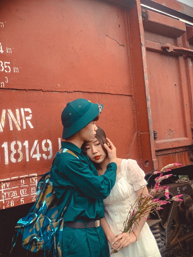 Bộ ảnh 'Tiễn người yêu lên đường nhập ngũ' của đôi bạn đến từ Quảng Ninh ảnh 9