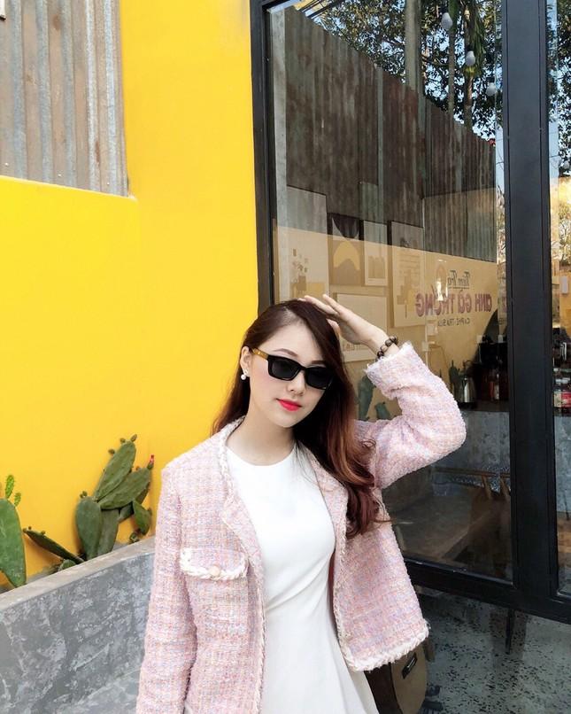 Con đường phấn đấu trở thành MC song ngữ chuyên nghiệp của nữ sinh Đắk Lắk ảnh 2