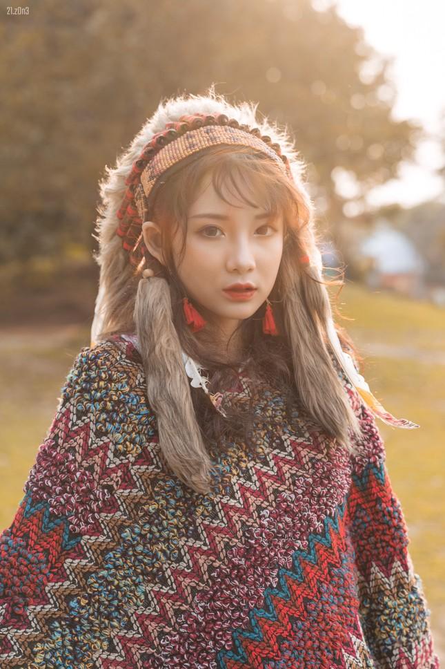 Hồn nhiên và phóng khoáng, cô gái 19 tuổi gây ấn tượng với bộ ảnh Bohemian ảnh 3