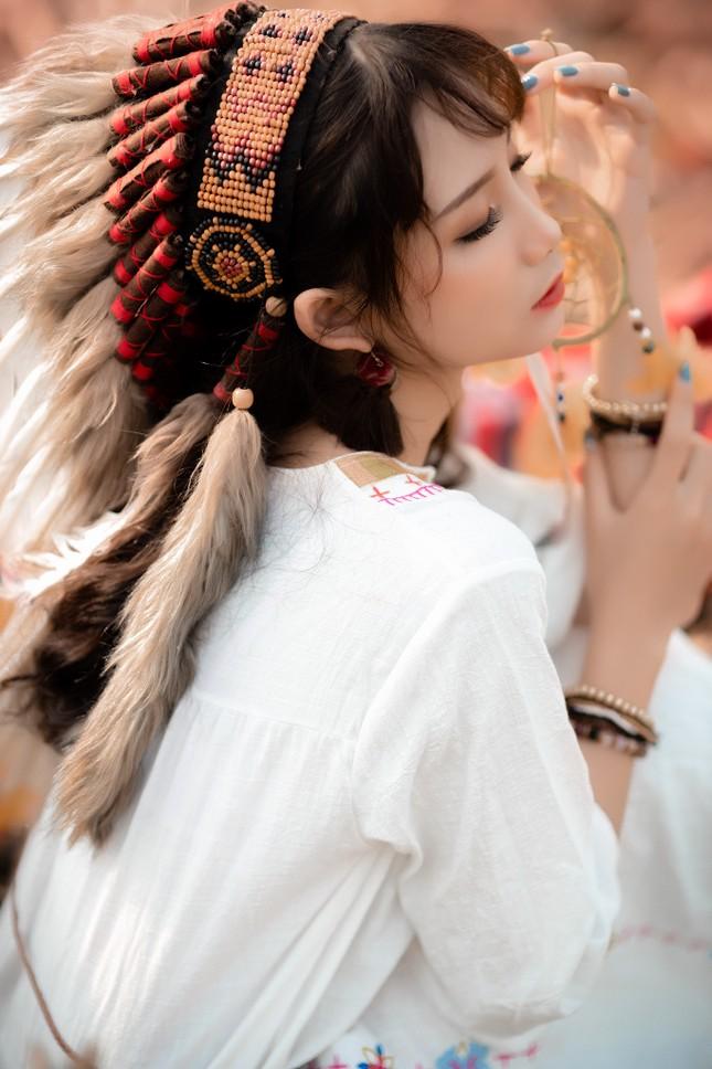 Hồn nhiên và phóng khoáng, cô gái 19 tuổi gây ấn tượng với bộ ảnh Bohemian ảnh 4