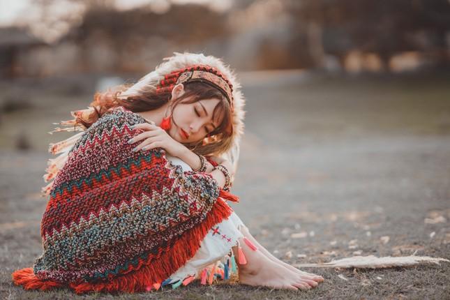 Hồn nhiên và phóng khoáng, cô gái 19 tuổi gây ấn tượng với bộ ảnh Bohemian ảnh 7