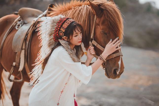 Hồn nhiên và phóng khoáng, cô gái 19 tuổi gây ấn tượng với bộ ảnh Bohemian ảnh 9