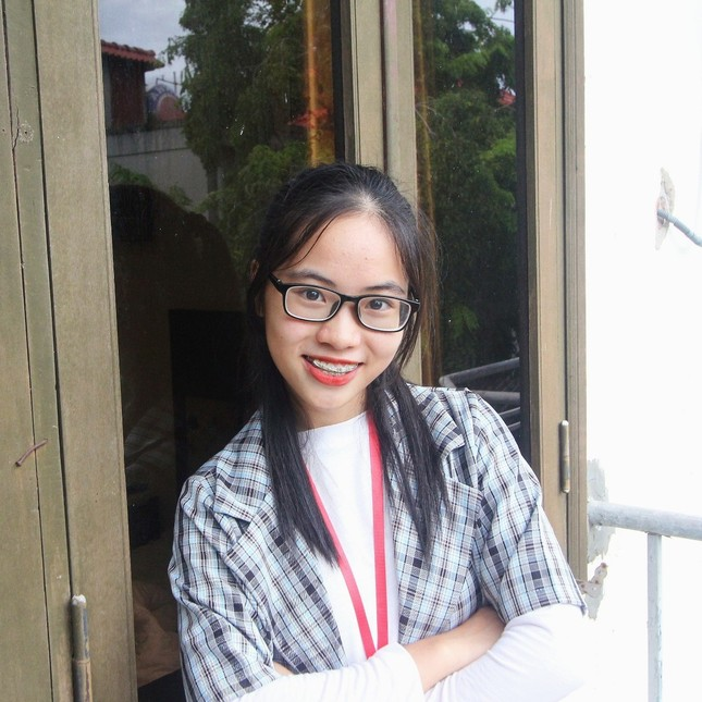 Nữ sinh Quảng Trị 15 tuổi thông thạo 7 thứ tiếng là quán quân cuộc thi lồng tiếng ảnh 8