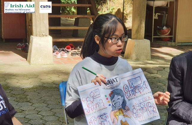 Nữ sinh Quảng Trị 15 tuổi thông thạo 7 thứ tiếng là quán quân cuộc thi lồng tiếng ảnh 6
