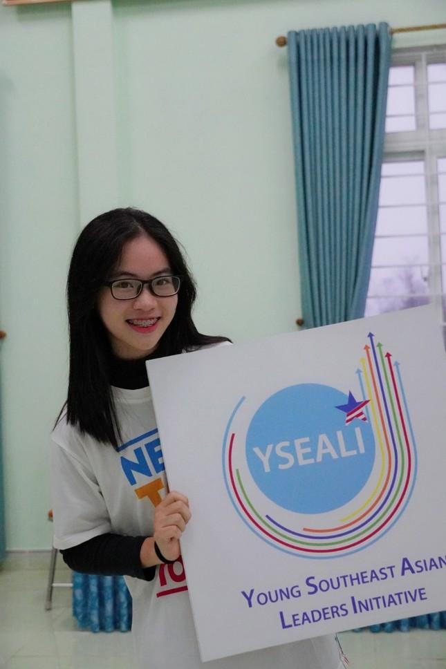 Nữ sinh Quảng Trị 15 tuổi thông thạo 7 thứ tiếng là quán quân cuộc thi lồng tiếng ảnh 5