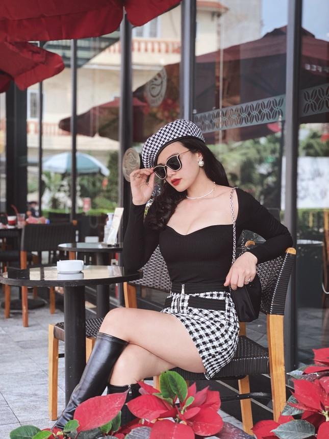 """Netizen """"nghiện"""" ngắm ảnh cô gái yêu thời trang Mix and Match ảnh 4"""
