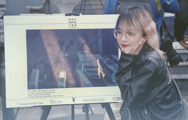 """Nữ nhiếp ảnh gia tương lai đam mê với """"Nhiếp ảnh đường phố"""" ảnh 8"""