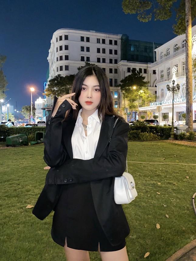 """Nhan sắc """"rúng động"""" của Hot Tiktoker Đắk Lắk khiến cư dân mạng đổ xô tìm kiếm ảnh 9"""